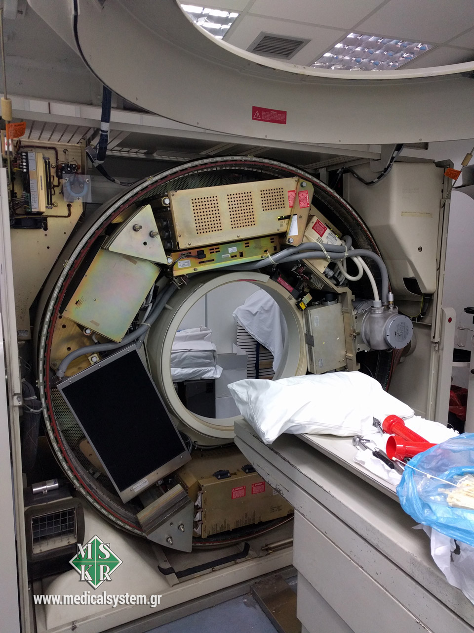 Μεταφορά αξονικού τομογράφου από την Medical Systems